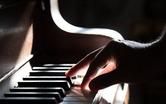 Pourquoi acheter en ligne son instrument de musique?