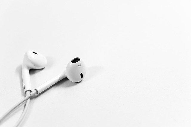 Choisir un bon écouteur pour ne pas se rendre sourd